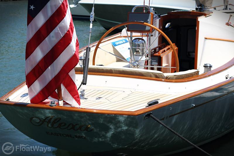 Tiller Steering Vs  Steering Wheel On A Sailboat
